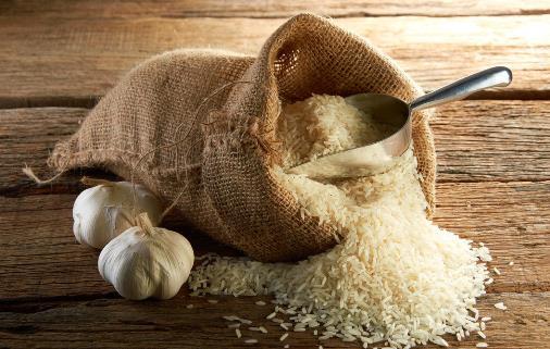 大米放冰箱易被污染是假的 放冰箱会引发中毒的食物