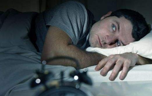 数绵羊数到心慌的失眠之夜 药粥调治失眠方