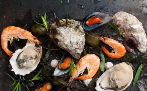 吃海鲜过敏怎么办 吃海鲜要注意什么