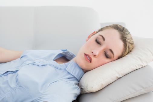 午后小睡可降血压 这样午睡才对身体有益