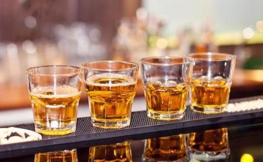 大酒伤肝伤害远不止于此 大酒也能夺命