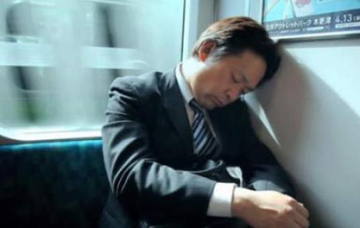 老人存在嗜睡问题 可能是这六种疾病的信号