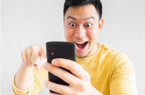 手机瘾的危害大眼睛受伤睡眠变差 戒掉手机瘾的方法