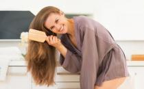 常梳头通经络活血化瘀防感冒 梳头特有的养生功效