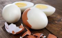 鸡蛋最不健康的吃法 半熟的鸡蛋不能隔夜吃
