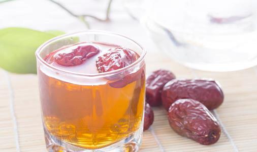 红枣泡水的八大禁忌 健康美容养生的红枣食谱
