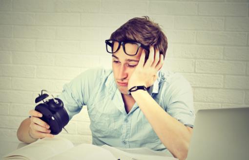 夏季常常犯困想睡觉 可能是你的日常饮食惹的祸