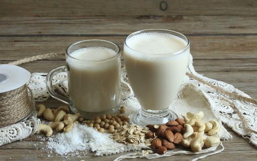胃疼能喝酸奶吗 可以养胃的5款食物