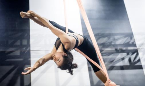 简单的瑜伽动作,缓解坐骨神经痛