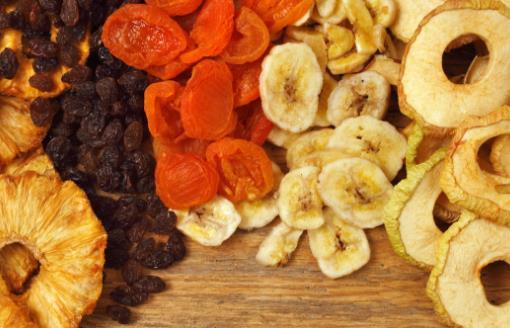 水果干美味但要适可而止 这些伪水果干一定要小心