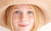 脸上长斑调理的方法大全 预防脸上长出斑点需防晒