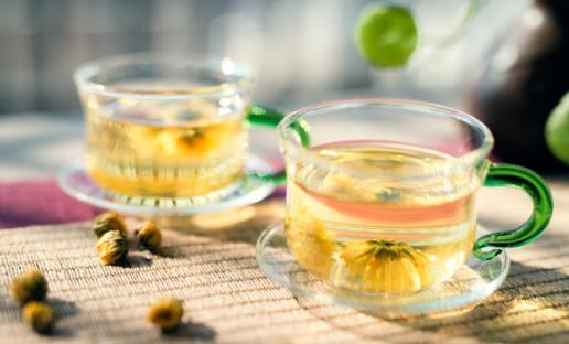 适宜夏季饮用的花茶 茶引花香花增茶味相得益彰