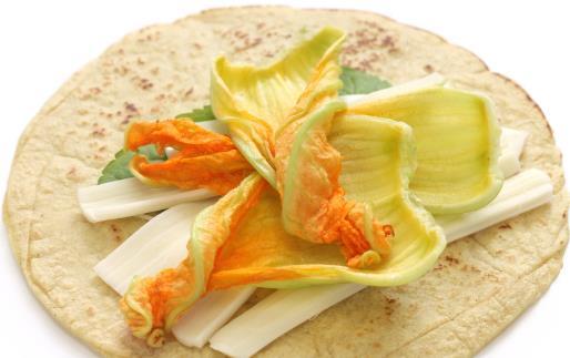 花卉入菜既美味又养生 介绍几款清新的花卉美食