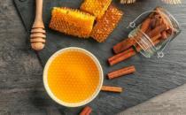 教你蜂蜜选购再也不担心买到假蜂蜜 保证营养又好喝