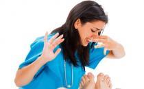 总是脚臭教你轻松去脚臭 日常除脚臭的十二个窍门