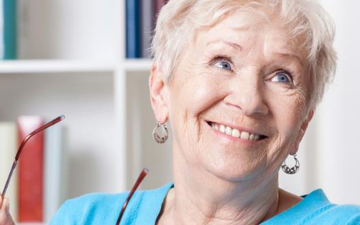 老年人科学保护牙齿 切莫陷入护牙健齿的错误观念
