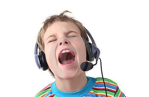 孩子变音期 健康养声带注意事项