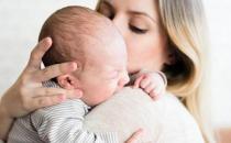 乳头发生破裂妈妈痛苦不堪 乳头破裂的预防方法