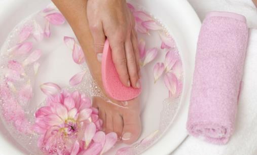 热水泡脚有没有好处? 热水泡脚要注意什么?