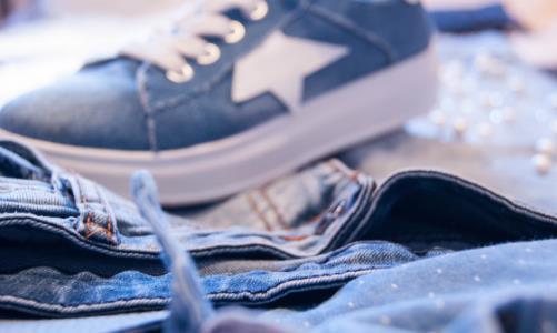 不同材质衣物多久洗一次好 衣物鞋子清洁保养的妙招