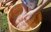 泡脚有助于防治呼吸道炎症 泡脚的八个好处