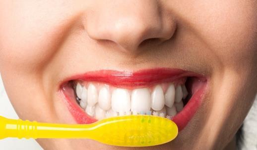 预防牙齿发黄常做的检查 五款食物可以美白牙齿