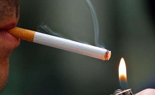吸烟与咽喉癌的关系 预防咽喉癌注重日常生活习惯