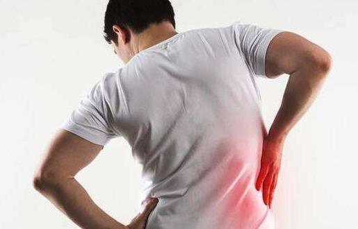 缓解久坐带来的腰疼 四个小动作教你缓解