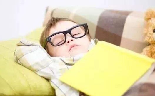 适合在公司午睡的有效妙招 正确午睡的注意事项