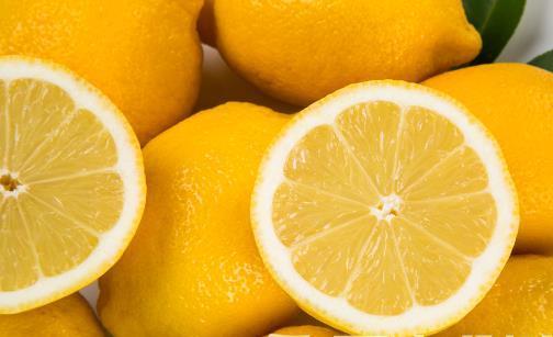 吃了这些黄色水果竟能让皮肤变黄