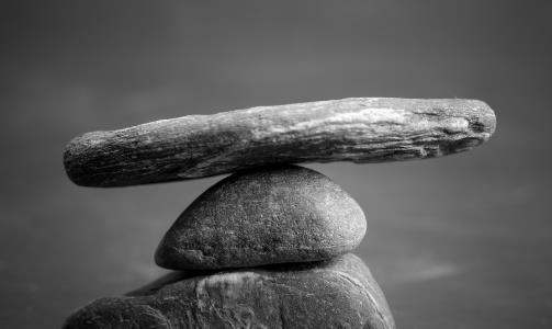 在大事面前要学会沉住气 沉住气儿是一种人生的修为