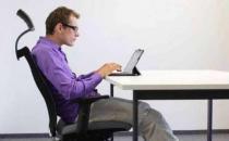 上班族不正确的坐姿易引发腰肌劳损 预防胜于治疗