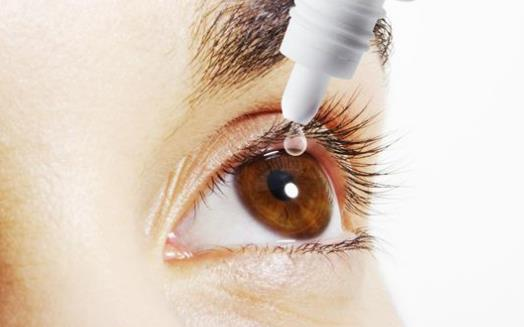 长期使用眼药水造成伤害 眼药水使用注意事项
