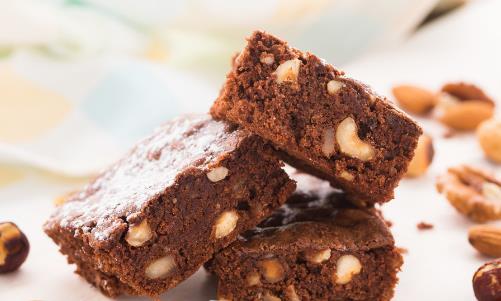 糖尿病人的饮食指南 适合糖尿病人群的三款自制甜点