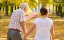 老年人发生婚外恋的危害 预防老年人出轨的方法