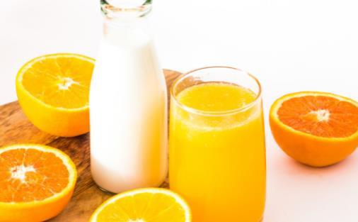 六种牛奶搭配等于服毒 常温奶和鲜奶营养是否一样