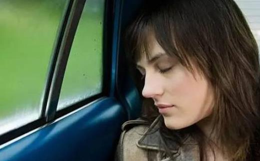 引起晕车的原因 预防缓解晕车的9个方法
