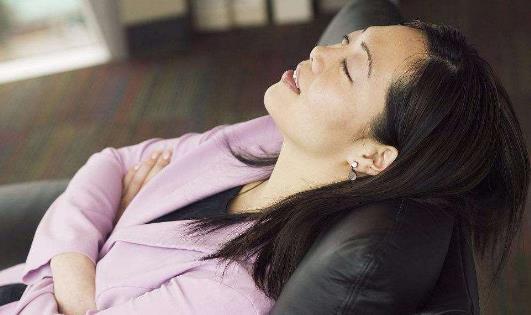 午睡是不错的生活习惯 3类人睡午觉有讲究