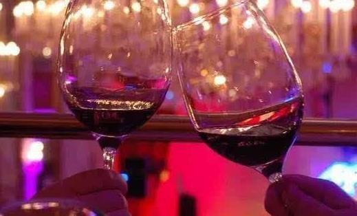 喝酒要注意的6个禁忌 想要解酒不妨多吃这5种食物