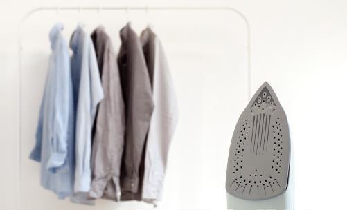 衣服的熨烫方法及技巧 毛衣裤子衬衫领口熨烫小贴士