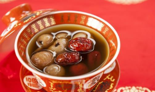 老人出虚汗是身体机能下降 几款食疗汤帮助治疗虚汗