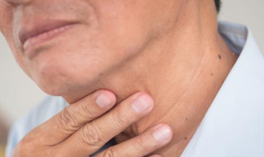 四种治疗咽喉肿痛的食物 咽喉肿痛的饮食禁忌