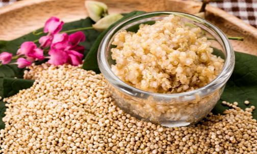 常吃藜麦预防三高减肥瘦身 黎麦粥的家常做法教程