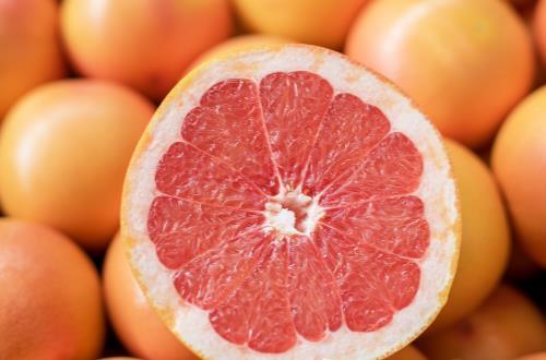 教你最自然丰胸的方法 丰胸别吃木瓜吃这些才是正道