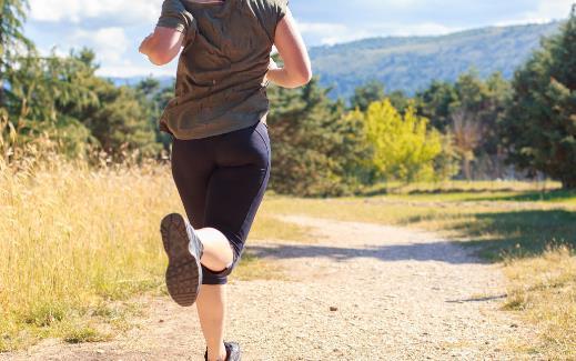 为了锻炼身体每天晚上暴汗打卡 过度养生对身体不利