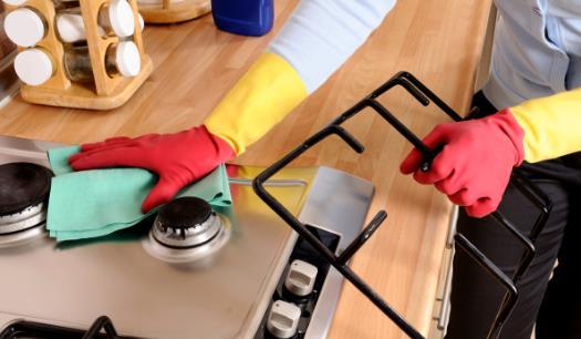 厨房内容易藏污纳垢 九个妙招帮你清理厨房的卫生