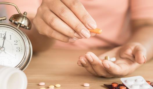 服药半个小时内不要运动 吃这些药千万别碰酒