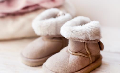 雪地靴温暖又可爱,但易脏!教你清洗雪地靴~