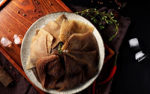 冬季是吃火锅的季节 但五类菜品要尽量少吃
