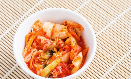 泡菜发酵时间越长亚硝酸盐含量越低 泡菜常见的做法分享